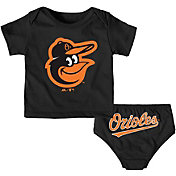 Majestic Infant Baltimore Orioles 2-Piece Mini Uniform Set