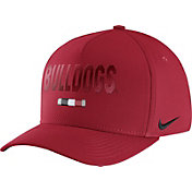 Nike Men's Georgia Bulldogs Red Seasonal Swoosh Flex Classic99 Hat