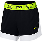 Nike Women's Attack Dry Training Shorts